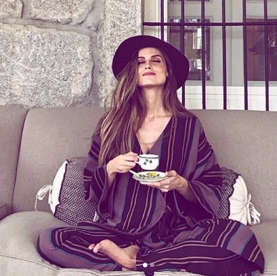 @ariadneartiles looking relaxed and fabulous